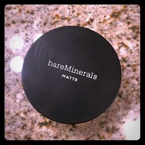 bareMinerals Matte Foundation in Fairly Light 03